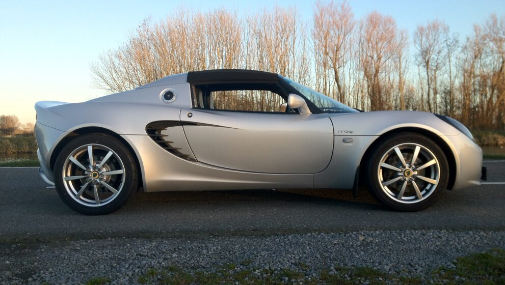 Te koop / For sale: Lotus Elise 111r – 2004